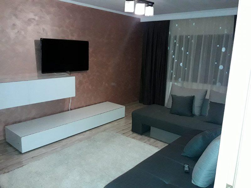 apartament 3 camere de inchiriat cart. Decebal, Oradea