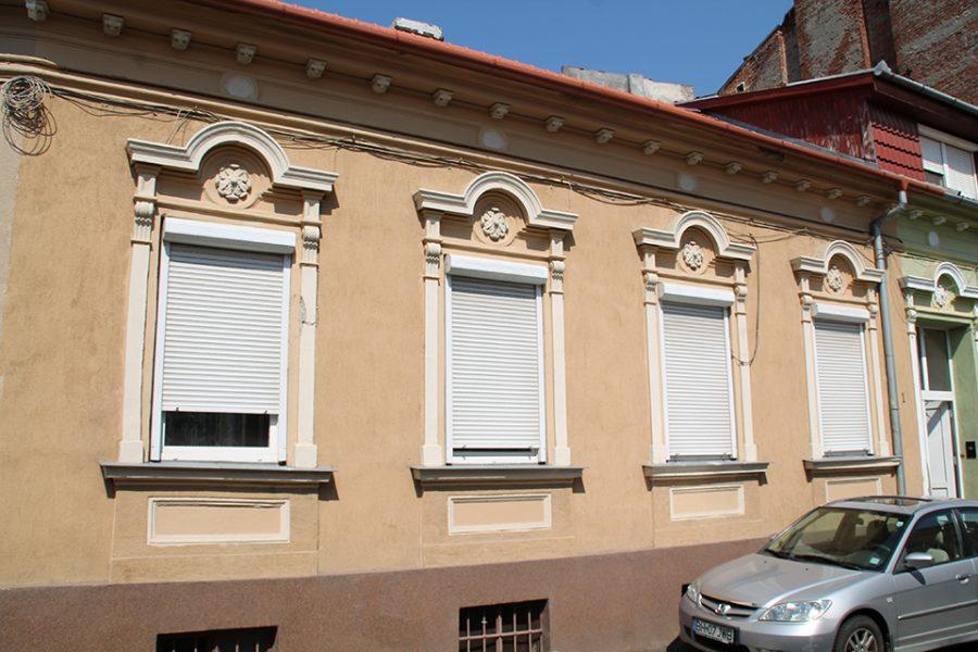 apartament-la-casa-de-vanzare-str.-George-Cosbuc-Oradea-CV17
