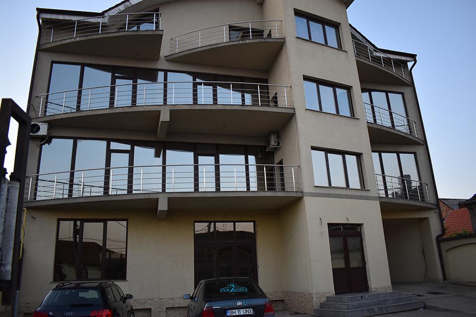 Cladire-de-birouri-hotel-apartamente-de-vanzare-Oradea-B03