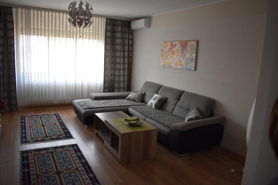 apartament-3-camere-de-inchiriat-zona-Centrala-Oradea-AP97