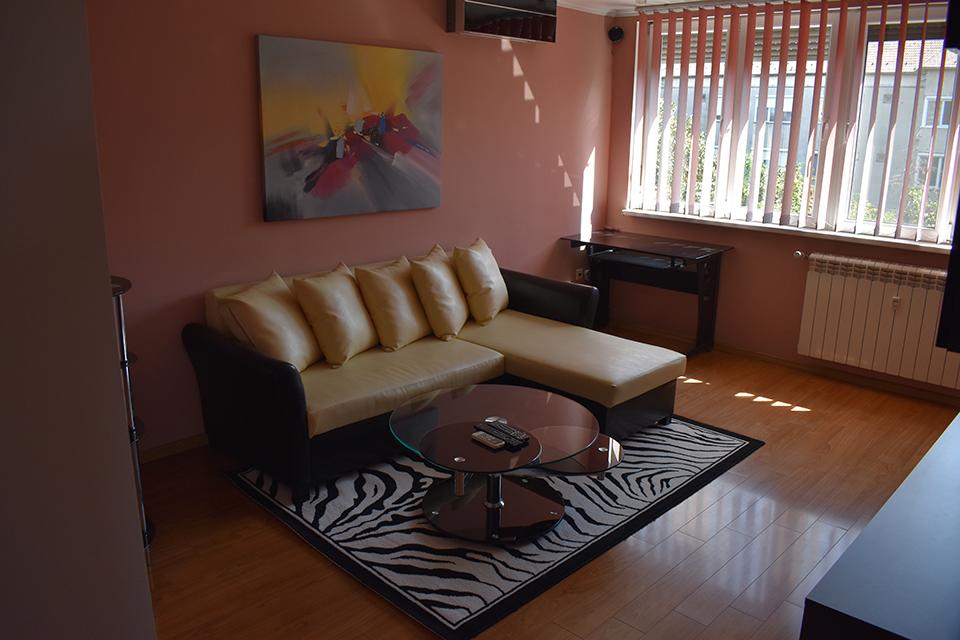 apartament 2 camere de inchiriat, Decebal, Oradea AP90