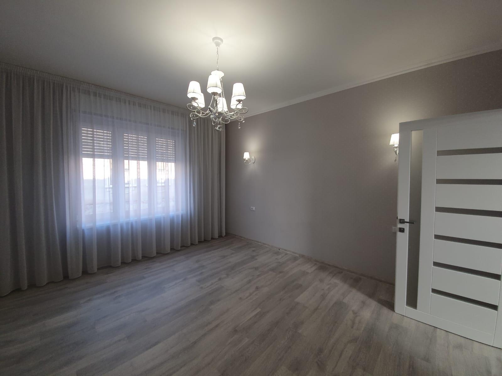 apartament-3-camere-de-vanzare-ultracental-Oradea-AP117